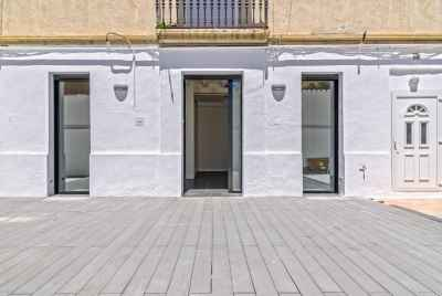 Renovated apartment with terrace in Sants district of Barcelona